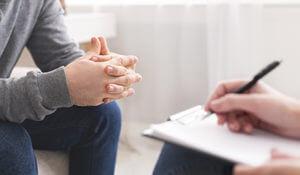 العلاج النفسي للإدمان